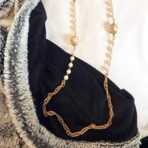 Long gold chain necklace with pearls